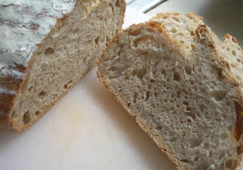 spelt sourdough crumb