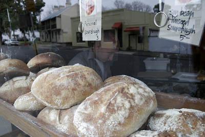 Customer satisfaction of street foods in barangay Essay Sample